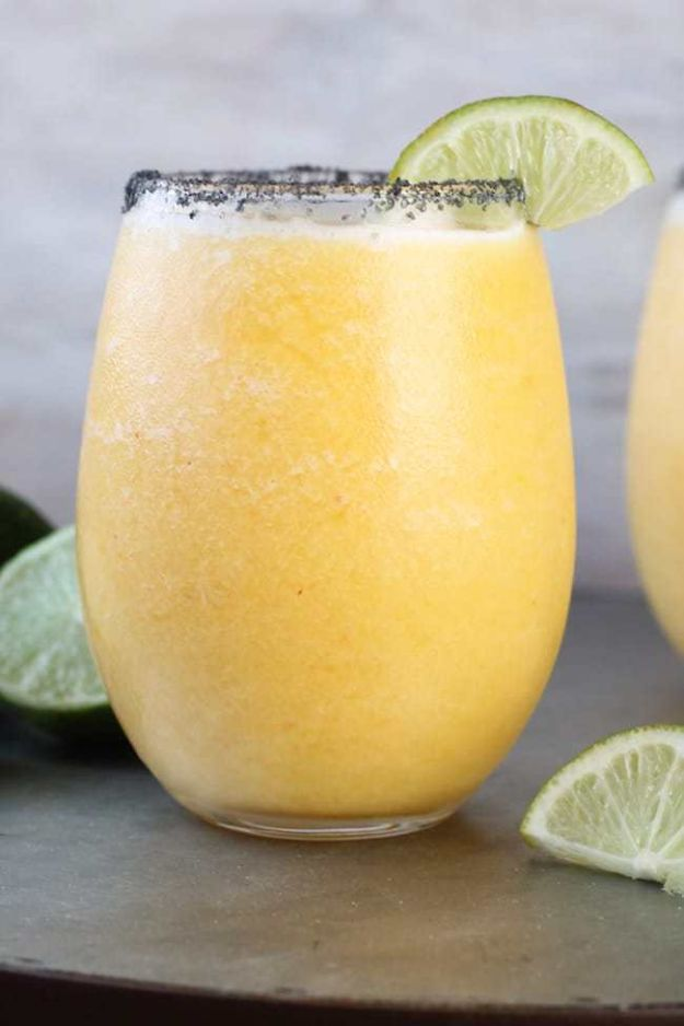 Margarita Recipes - Frozen Peach Margaritas - Drink Recipes for a Party - Recipe Ideas for Blender Margaritas - Lime, Strawberry, Fruit | Easy Drinks With Tequila