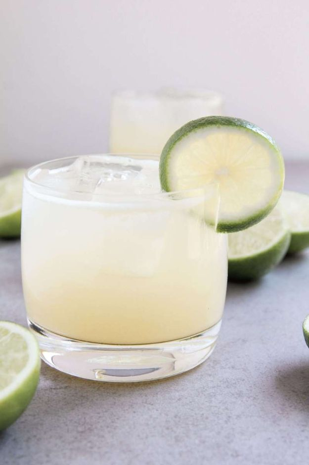 Margarita Recipes - Ginger Lime Margaritas - Drink Recipes for a Party - Recipe Ideas for Blender Margaritas - Lime, Strawberry, Fruit | Easy Drinks With Tequila
