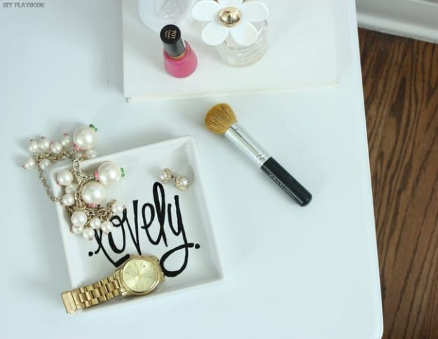 DIY Vanity Trays - Ikea Hack Vanity Tray - Easy Homemade Decor for Bathroom, Bedroom and Vanities - Tray to Store Jewelry and Accessories With These Cool and Easy Crafts