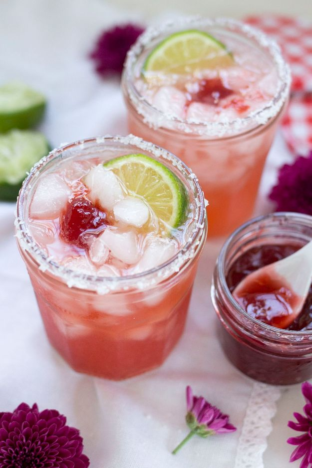 Margarita Recipes - Jam Jar Margaritas - Drink Recipes for a Party - Recipe Ideas for Blender Margaritas - Lime, Strawberry, Fruit | Easy Drinks With Tequila