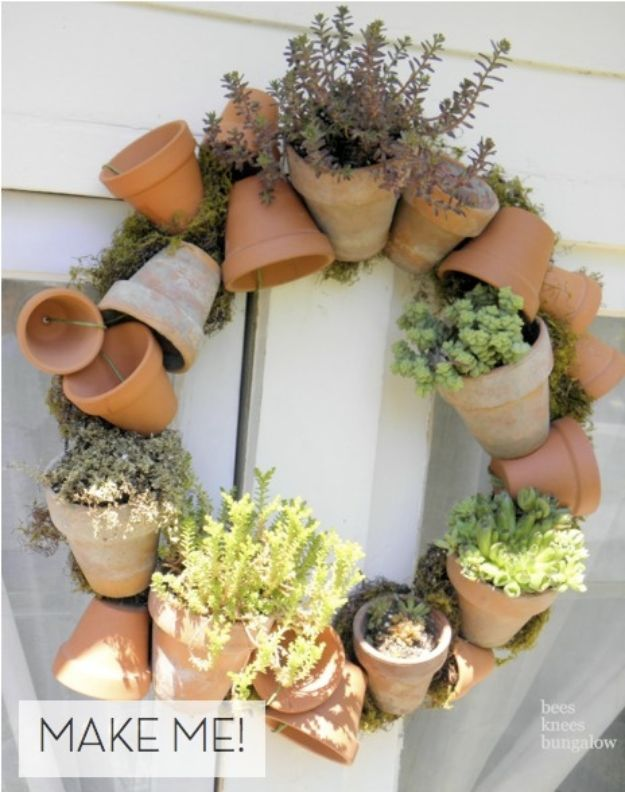 DIY Ideas for Clay Pots - Make a Terra Cotta Pot Wreath - Cute Gardening Projects Tutorials for Decorating Pots - Pretty Rustic and Farmhouse Planters for Cheap Home Decor