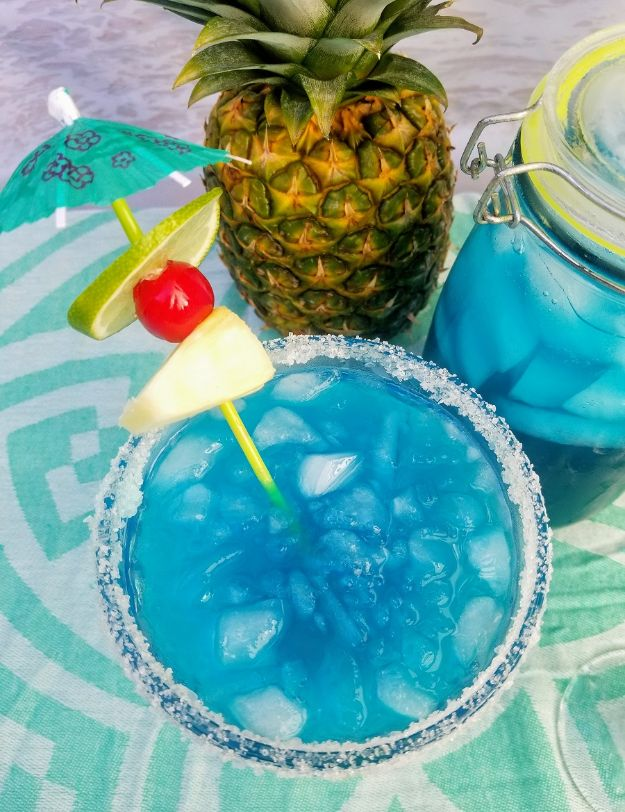 Margarita Recipes - Mermaid Margarita - Drink Recipes for a Party - Recipe Ideas for Blender Margaritas - Lime, Strawberry, Fruit | Easy Drinks With Tequila