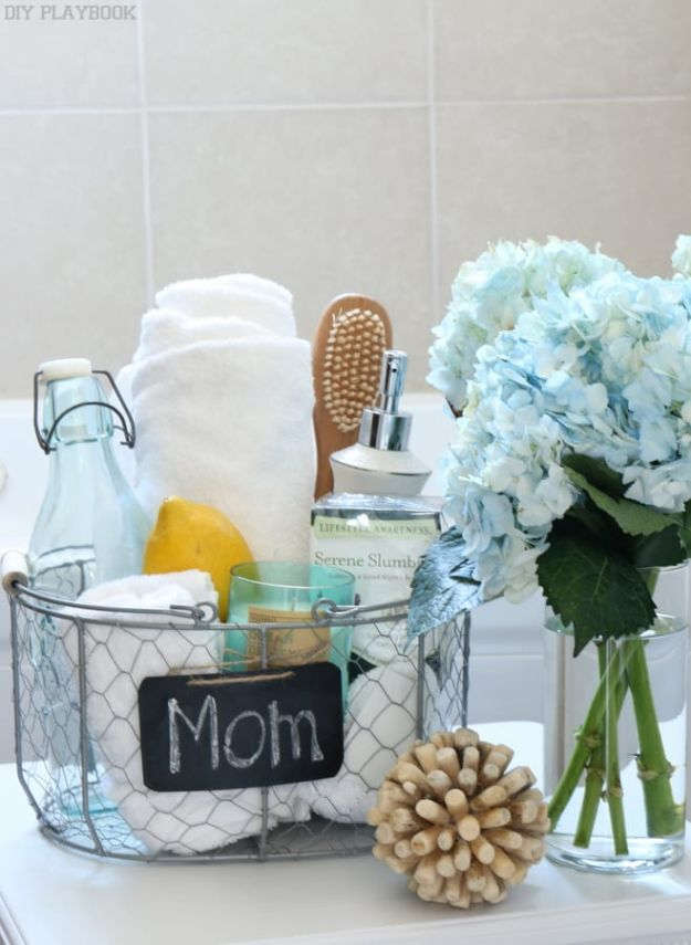 Easy Mothers Day Gifts - Mother's Day Pamper Basket - Cute Crafts and Homemade Presents for Mom | Thoughtful Gift Ideas to Make For Mother
