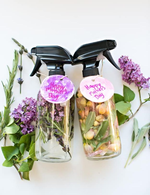 Easy Mothers Day Gifts - Mother's Day Floral Herb Perfume - Cute Crafts and Homemade Presents for Mom | Thoughtful Gift Ideas to Make For Mother