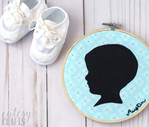 Easy Mothers Day Gifts - Silhouette DIY Mother's Day Gift - Cute Crafts and Homemade Presents for Mom | Thoughtful Gift Ideas to Make For Mother