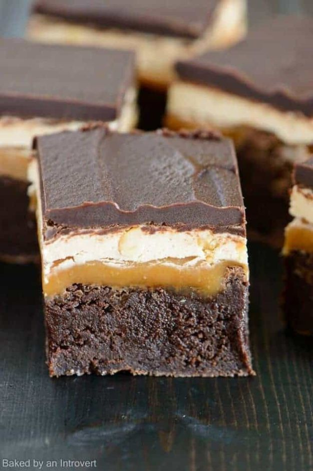 Brownie Recipes | Snickers Brownies - Easy and Healthy Recipe Ideas for Brownies - Chocolate, Blondies, Gluten Free and Caramel