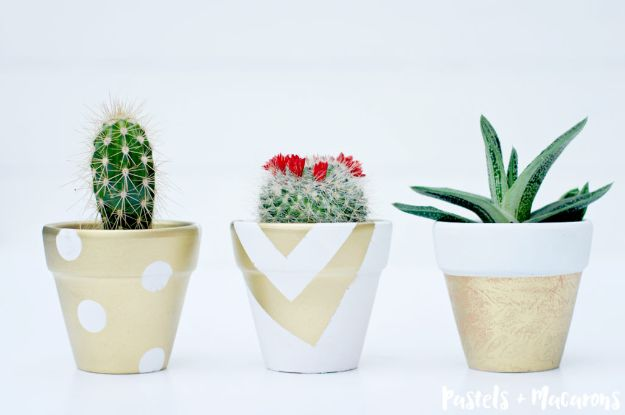 DIY Ideas for Clay Pots - White and Gold Painted Terra Cotta Pots - Cute Gardening Projects Tutorials for Decorating Pots - Pretty Rustic and Farmhouse Planters for Cheap Home Decor