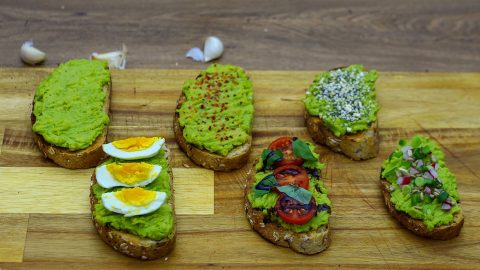 How to Make Avocado Toast 6 Ways  – Recipe With Egg, Spicy, Loaded and More | DIY Joy Projects and Crafts Ideas