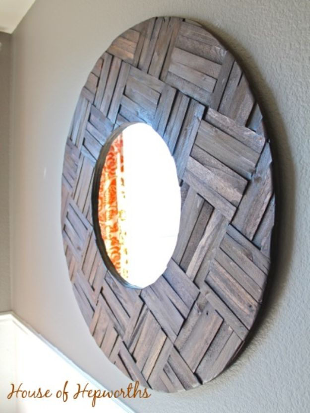Magnolia Homes Gift Ideas - DIY Farmhouse mirror made from shims - DIY Home Decor Inspired by Chip and Joanna Gaines - Fixer Upper Gifts - Do It Yourself Decorating On A Budget With Farmhouse Style Decorations for the Home