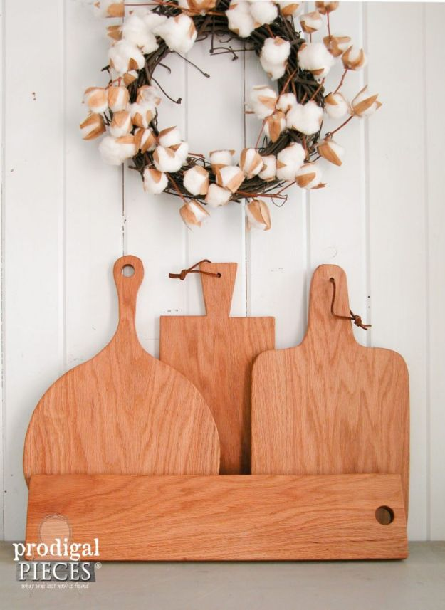 Magnolia Homes Gift Ideas - Farmhouse Cutting Board & Cheese Board - DIY Home Decor Inspired by Chip and Joanna Gaines - Fixer Upper Gifts - Do It Yourself Decorating On A Budget With Farmhouse Style Decorations for the Home