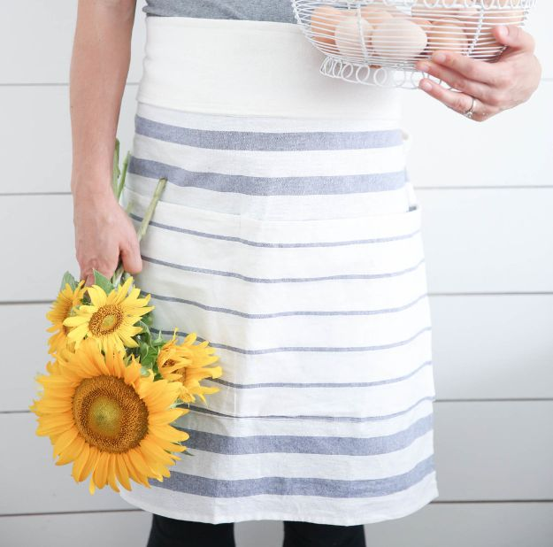 Magnolia Homes Gift Ideas - Make An Apron From IKEA Tea Towels - DIY Home Decor Inspired by Chip and Joanna Gaines - Fixer Upper Gifts - Do It Yourself Decorating On A Budget With Farmhouse Style Decorations for the Home