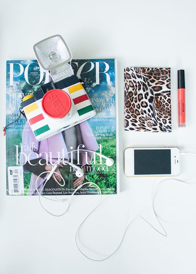 No Sew Gifts to Make - Easy DIY Christmas Presents -No-Sew Passport Holder