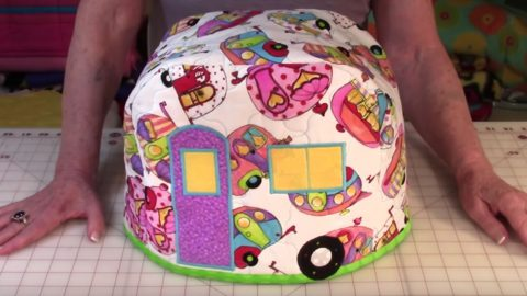 This Camper Toaster Cover Just May Be The Cutest Thing You'll Ever Make | DIY Joy Projects and Crafts Ideas