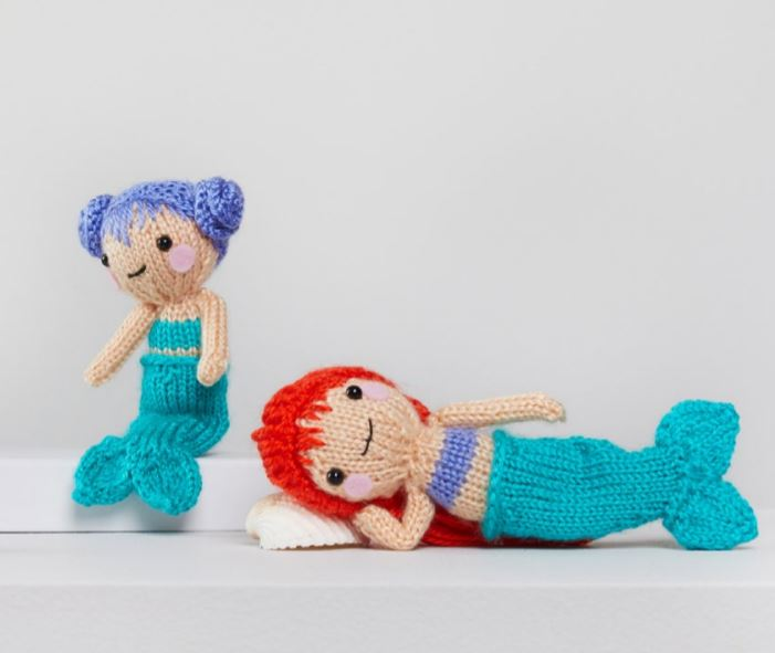 DIY Knitting Ideas for Baby - Tina and Nina Mermaid – E-Wrap Method - Easy Blanket, Hat, Booties, Toys and Sweater Tutorials to Knit for Babies - Boy and Girl Clothes and Nursery Decor for Gifts