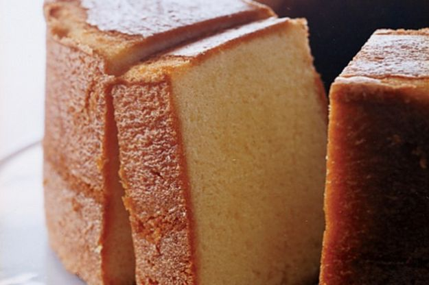 Celebrity Inspired Recipes - Elvis Presley's Favorite Whipping Cream Pound Cake - Healthy Dinners, Pies, Sweets and Desserts, Cooking for Families and Holidays - Crock Pot Treats