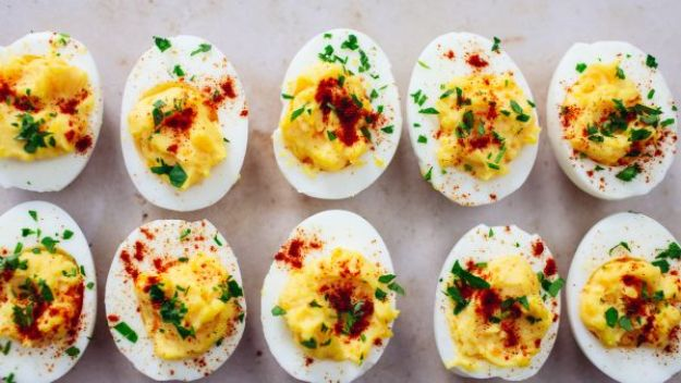 Celebrity Inspired Recipes - Oprah Winfrey's Deviled Eggs - Healthy Dinners, Pies, Sweets and Desserts, Cooking for Families and Holidays - Crock Pot Treats