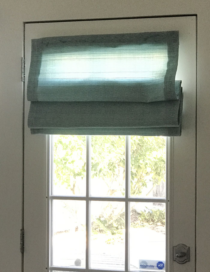 DIY Roman Shades for Door - No Sew Tutorial for How to Make A Roman Shade from A Mini Blind - Video Tutorial and Instructions for Homemade Window Shades With Custom Fabric DIY- Cheap Home Decor Ideas - No Sew Roman Shade Made From Mini Blinds