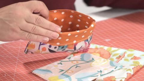 Sewing Tutorial: Reusable Snack Bags | DIY Joy Projects and Crafts Ideas