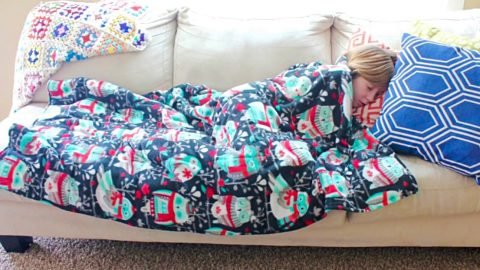 How to Make A Weighted Blanket | DIY Joy Projects and Crafts Ideas