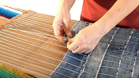 How To Make A DIY Rug From Old Jeans | DIY Joy Projects and Crafts Ideas