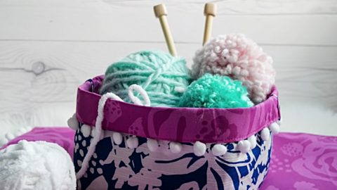 Make A Placemat Knitting Basket In About 8 Minutes | DIY Joy Projects and Crafts Ideas