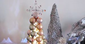 DIY Ball Ornament Christmas Tree