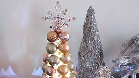 DIY Ball Ornament Christmas Tree | DIY Joy Projects and Crafts Ideas