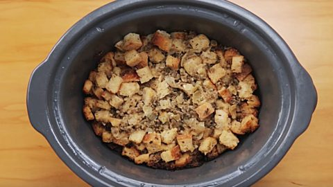 Crockpot Italian Sausage Stuffing Recipe | DIY Joy Projects and Crafts Ideas