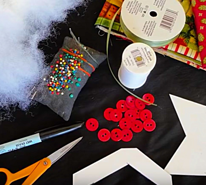 DIY quilted patchwork star Christmas ornament