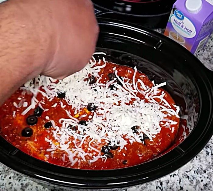 Learn To Make this Easy Crockpot Lasagna Recipe