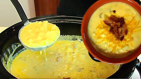 Crockpot Loaded Baked Potato Soup Recipe | DIY Joy Projects and Crafts Ideas