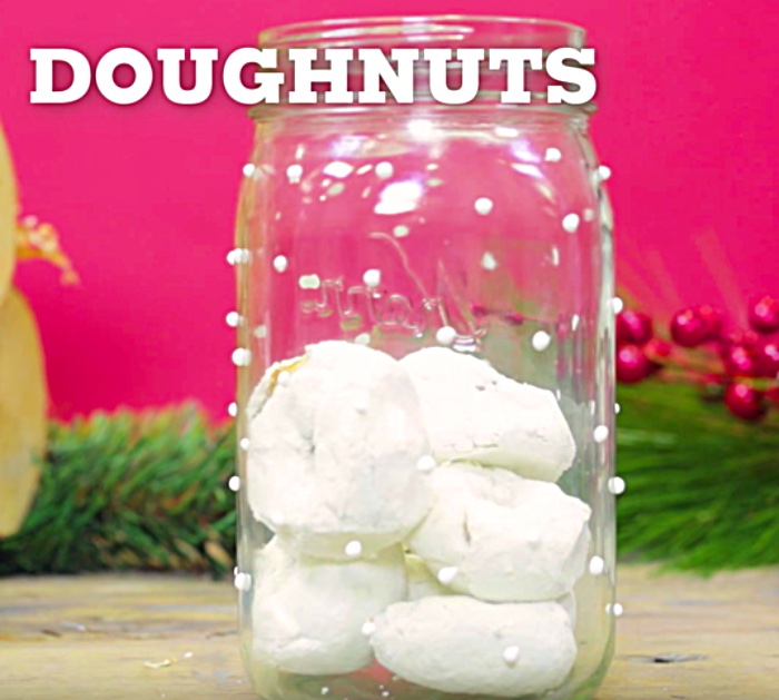 DIY Donut Snow Globe with Hostess Donnettes and Mason JarsDIY Donut Snow Globe with Hostess Powdered Donuts and Mason Jars
