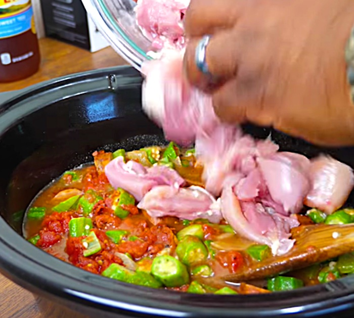 Learn to make Seafood Gumbo In a Crockpot Recipe