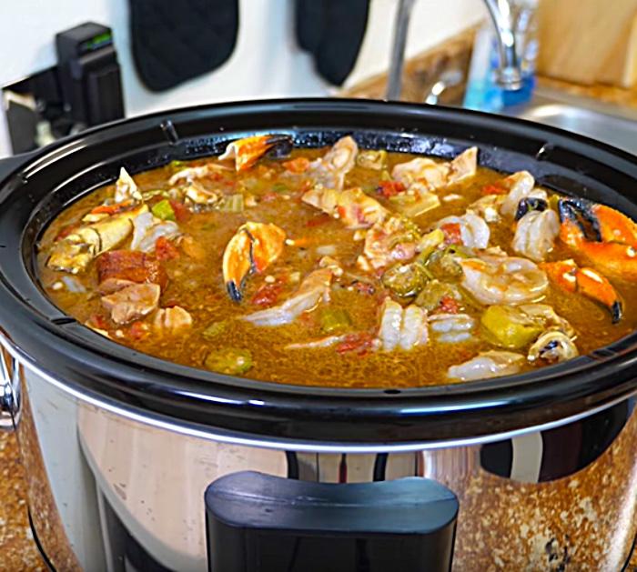 Learn to make Seafood Gumbo In a Crockpot Recipe
