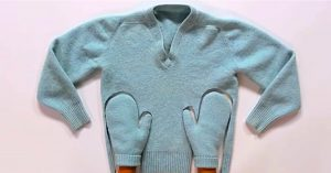 Make DIY Mittens From A Felted Upcycled Sweater