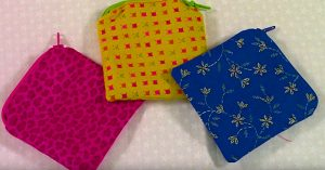 Learn To Sew A DIY Small Zipper Pouch