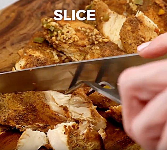 Learn to make easy Chicken Fajitas in the crockpot slow cooker recipe