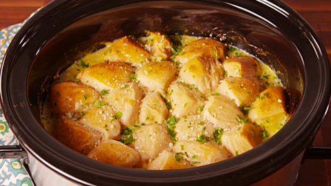Crockpot Chicken And Dumplings Recipe | DIY Joy Projects and Crafts Ideas