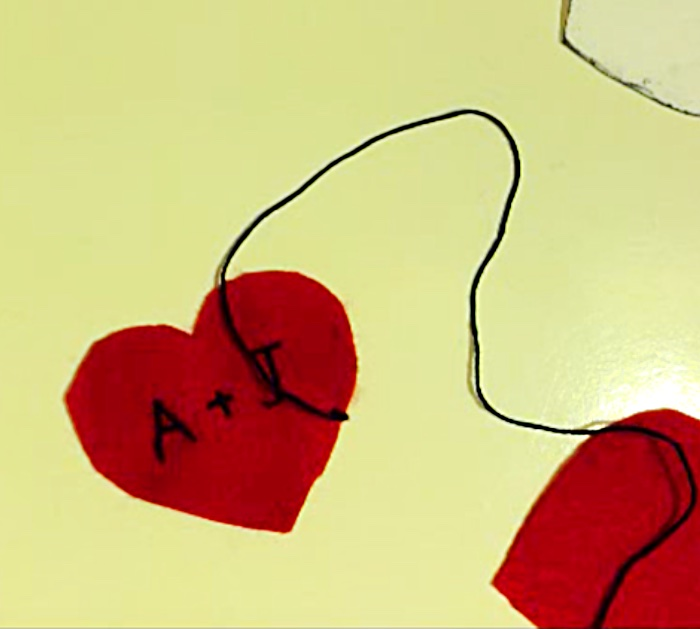 Learn to make these quick easy Valentine Felt Hearts that look like the old school Valentine's Day Candy
