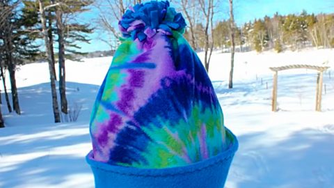 DIY Winter Fleece Hat | DIY Joy Projects and Crafts Ideas