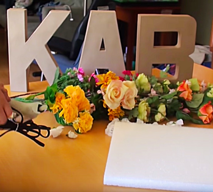 Try making DIY Floral Letters Monogram for your Dorm Room Wall