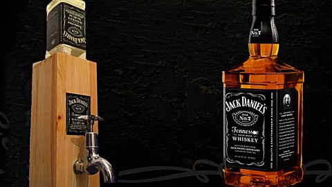 DIY Jack Daniels Dispenser | DIY Joy Projects and Crafts Ideas