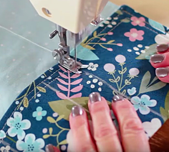 Learn to sew a Placemat Bag Organizer Insert