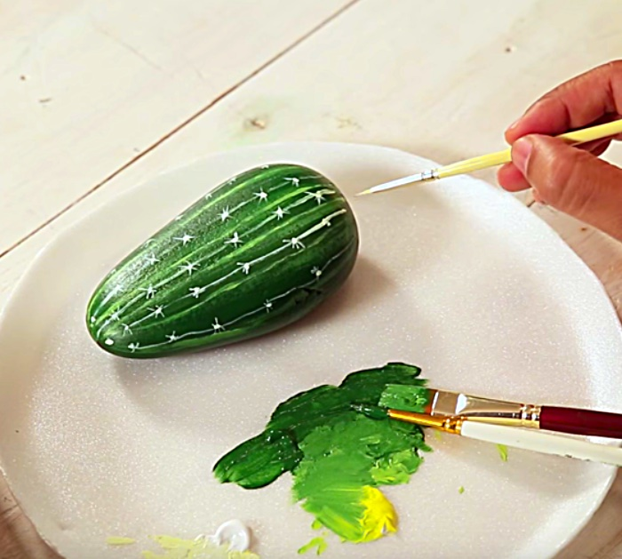 Learn to paint a beautiful faux cactus