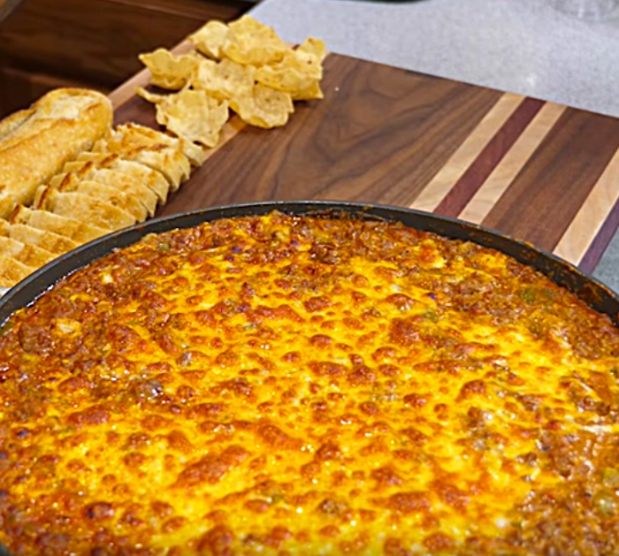Why not make a cheap easy quick Sloppy Joe Skillet Dip for your next potluck or game day party