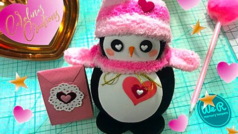 DIY Valentine's Day Sock Penguin | DIY Joy Projects and Crafts Ideas