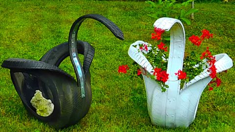 DIY Recycled Tire Swan Planter   DIY Joy Projects and Crafts Ideas