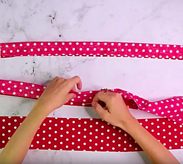 Try sewing a DIY Tea Towel Apron