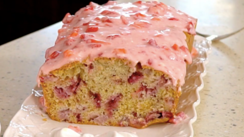 Glazed Strawberry Bread Recipe | DIY Joy Projects and Crafts Ideas