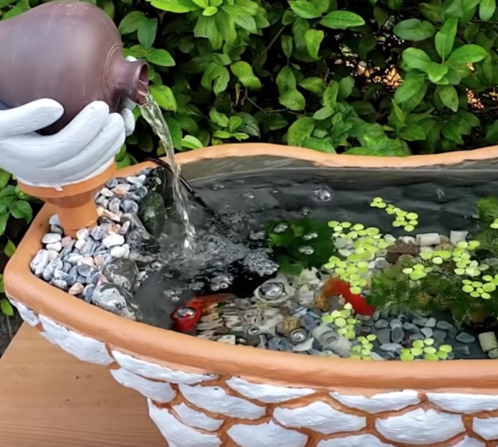 Make an Aquarium Fountain out of an old baby bathtub